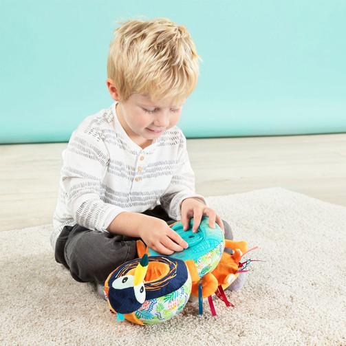 Развивающая игрушка-книга Lilliputiens лев Джек  (арт. 83050)