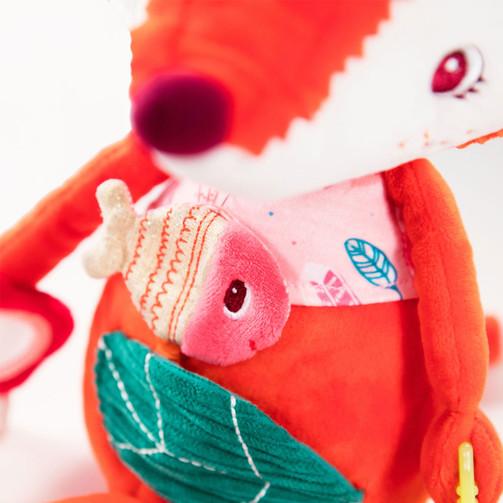 Развивающая игрушка Lilliputiens лисичка Алиса  (арт. 83054)